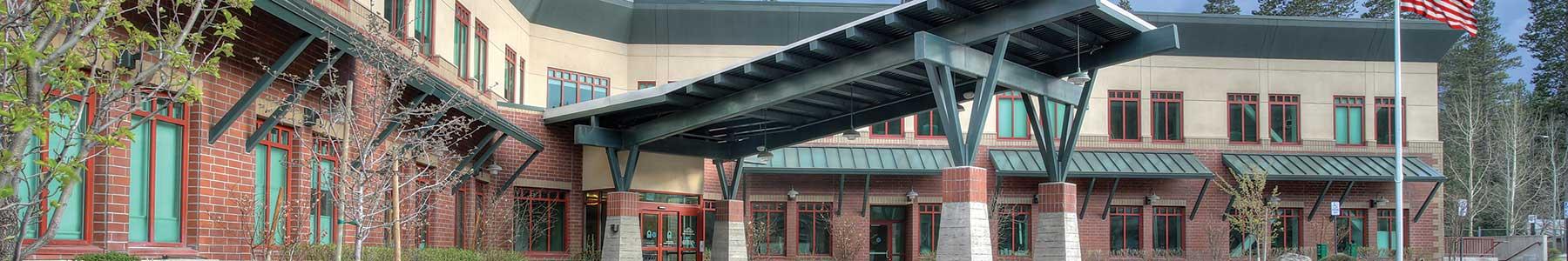 Front of Tahoe Forest Hospital entrance