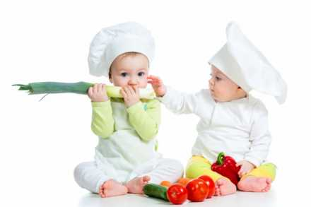 Babies dressed as chefs