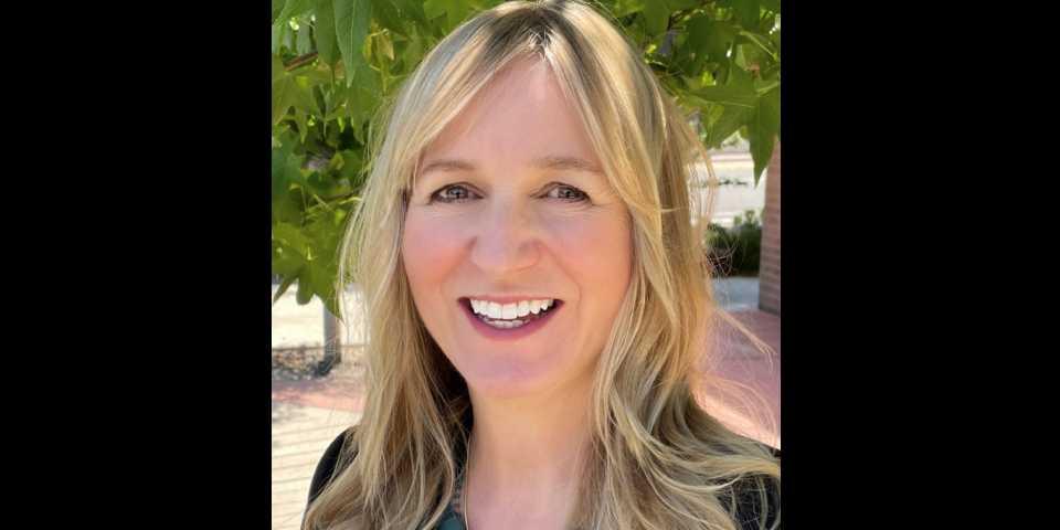 Dr. Ferrera Baumann headshot