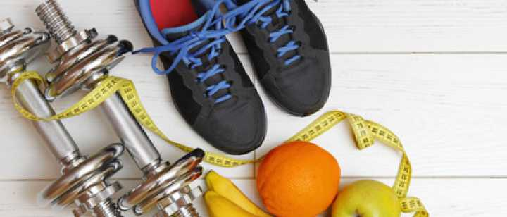 weights, tennis shoes and fruits