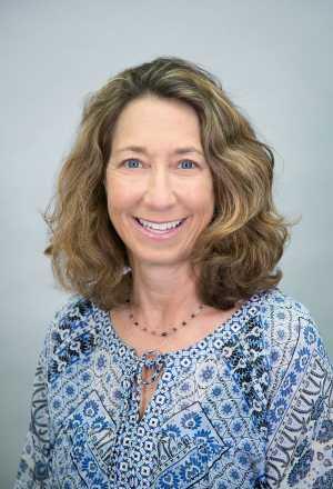 Cindy Semmens, PT