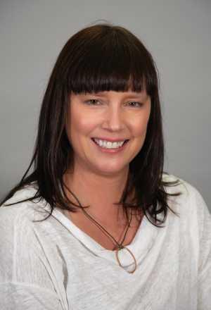 Liz Schenk headshot